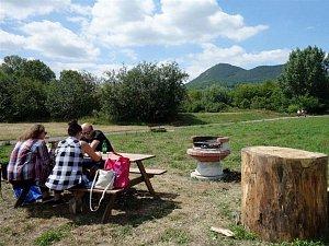 Nové veřejné místo na grilování v Lovosicích