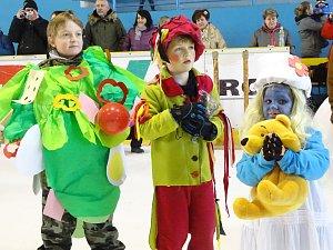 Maškarní na ledě v Lovosicích