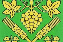 NÁVRHY PRO ŽALHOSTICE. Varianty znaku obce pracují se symbolikou jablek a hroznů. Poslední zdobí stříbrný jednorožec.