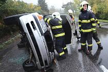 Dopravní nehoda na silnici II/261 poblíž Třeboutic