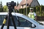 Měření rychlosti v rámci akce Speed marathon. Fotografie jsou z Terezína, kde dopravní policisté měřili rychlost v ulici Pražská.