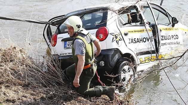 Nehoda u Brozan