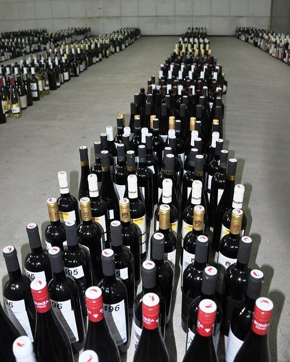 V roce 2021 se do soutěže vín s mezinárodní účastí přihlásilo celkem 657 soutěžních vzorků vín od 114 vinařství a vinařů.