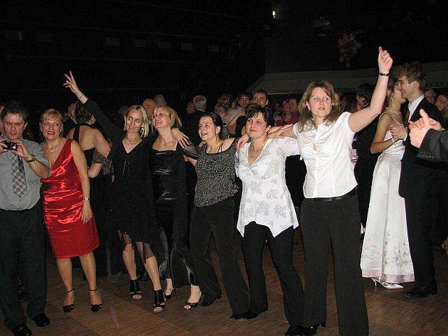 Ples jara, Dům kultury Litoměřice, 20.března 2010.