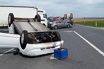 Dopravní nehoda na sjezdu D8 u Roudnice nad Labem