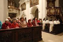 Slavnostní mši svatá, která se konala ve čtvrtek večer v klášterním kostele Narození Panny Marie v Doksanech.