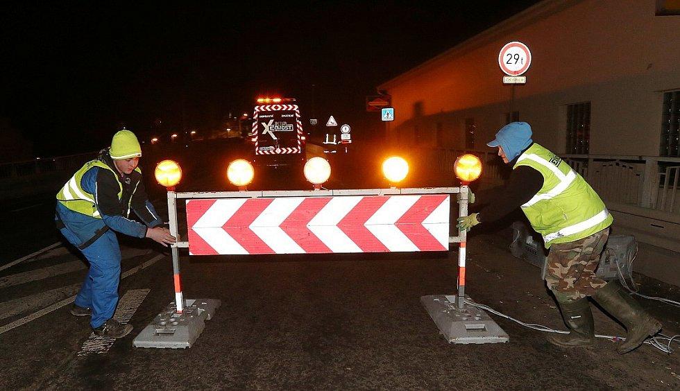Tyršův most je definitivně uzavřen