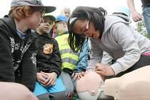 DEN BEZ ÚRAZU. Akce žáky seznámila s nebezpečím, které číhá doma i v přírodě.