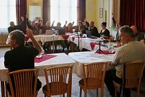 Zasedání zastupitelů v Terezíně