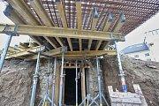 V Lovosicích se obnovuje původní rozhledna u zámečku na břehu Labe.
