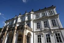 """Na zámku v Ploskovicích """"chystali"""" elitu světa"""
