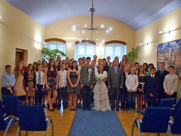 Školní svatba na litoměřické ZŠ UStadionu