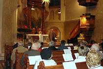 Lovosičtí zpívali u partnerů v coswigském kostele koledu Narodil se Kristus Pán