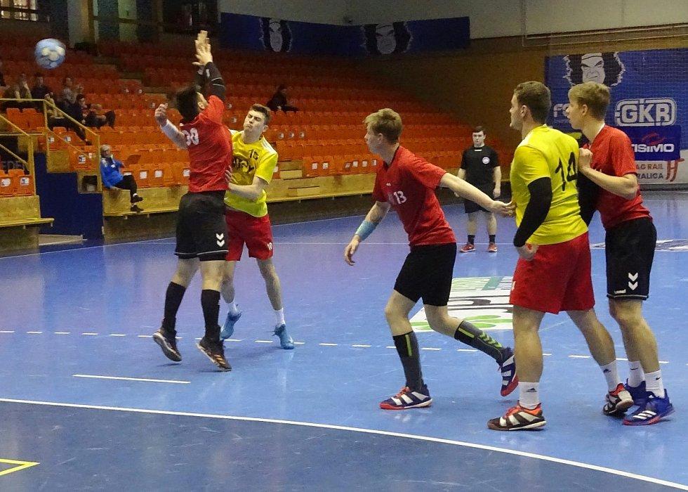 Finálový zápas Rožnov (v červeném) - Žďár
