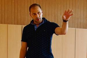Ředitel ZŠ Na Valech v Litoměřicích Petr Klupák na archivním snímku