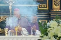 Pohřeb vedl litoměřický biskup Pavel Posád
