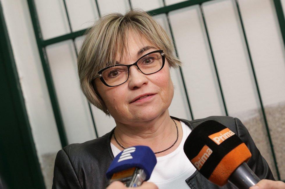 Soudní jednání v případu znásilnění v Litoměřicích
