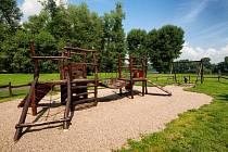 Dětské hřiště v Lovosicích, ilustrační foto.