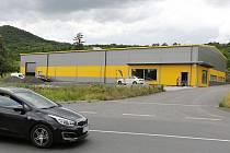 Průmyslová hala na předměstí Litoměřic
