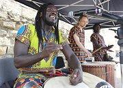 7. ročník afrického festivalu Dun Dun, který byl plný rytmů, chuti a módy.