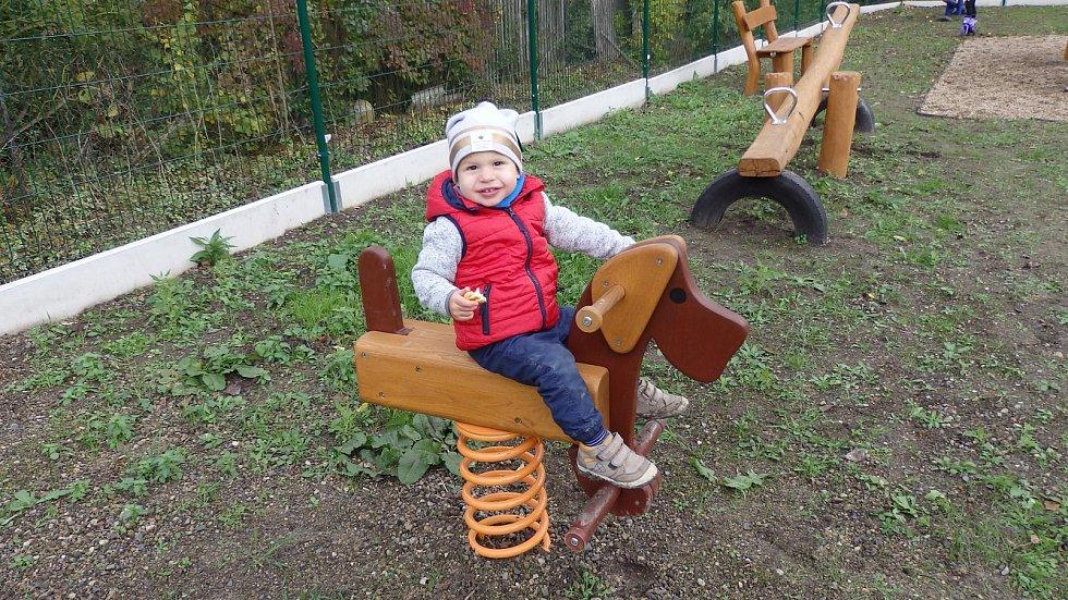 Otevření dětského hřiště v Teplé.