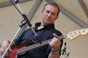 V litoměřické tržnici Felixe Holzmanna zahrál Ada band.