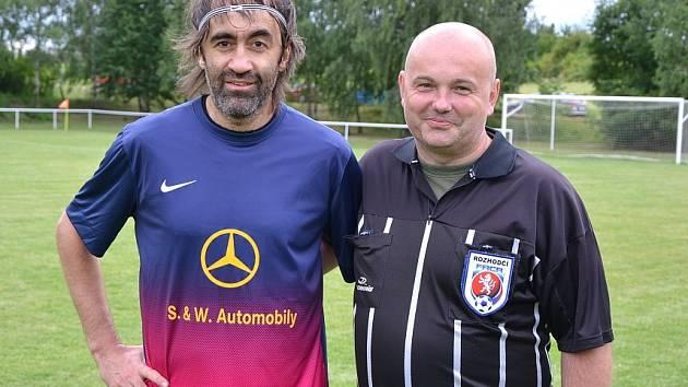 Po zápasech byl o společné fotografie zájem, své příznivce si našel třeba Jakub Kohák.