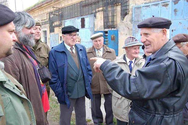 Setkání veteránů východní fronty v Terezíně.