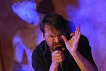 Dan Bárta vystoupí v Litoměřicích na lodi Cargo Gallery.
