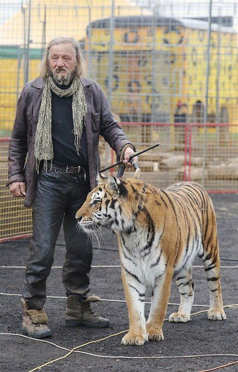 Principál cirkusu Jo-Joo Jaromír Joo při hostování v Litoměřicích