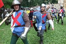 Bitva Budyně se odehraje na hradbách a pod nimi, program před ní i na nádvoří Vodního hradu.