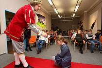 Pasování školáků na čtenáře knihovny v Litoměřicích