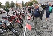 Sraz veteránů v Roudnici nad Labem v roce 2015.