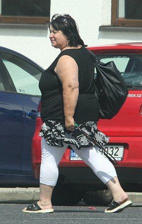 Žena, která osobě říká, že je MUDr. Blanka Vavřinková.