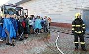 Na litoměřickém zimním stadionu proběhlo cvičení na téma úniku čpavku z chladícího systému