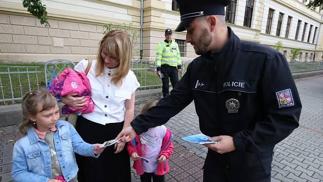 Preventivní akce policie v Litoměřicích s názvem Zebra se za tebe neohlédne