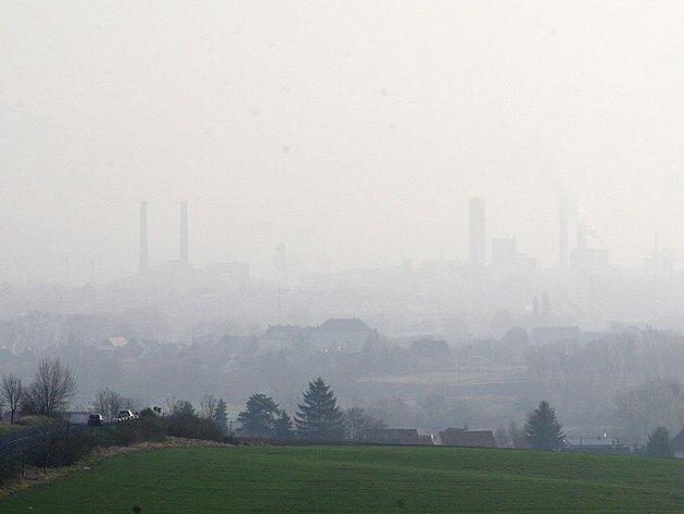 Smog nad Lovosicemi.