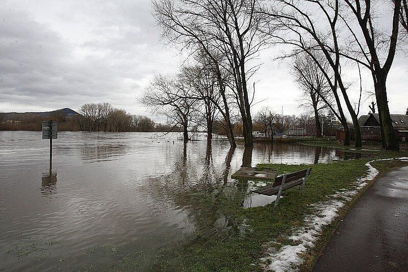Velká voda na Litoměřicku - pátek 14. ledna 2011 - Lovosice.