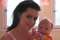 Anetě a Richardovi Löwovým ze Štětí se v roudnické porodnici 12. července v 00.04 hodin narodil syn Lukáš Löw (53 cm, 3,89 kg).