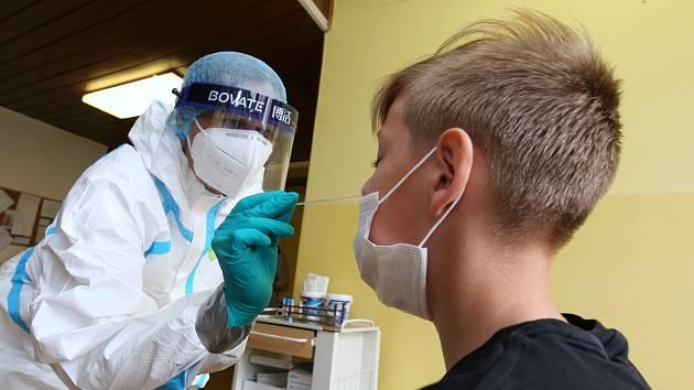 Odběrové místo na testy na koronavirus v litoměřické nemocnici