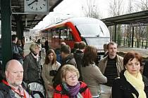 Wander - Express Bohemica - první přímý vlak z Drážďan do Litoměřic přivezl v sobotu turisty z Německa