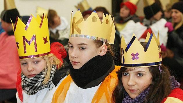 Biskup požehnal koledníkům.