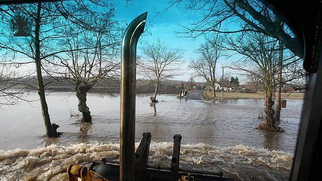 Povodeň na Litoměřicku - neděle 16. ledna 2011, Písty.