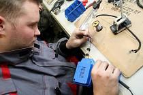 Příprava u týmu MKR Technology.