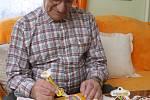 Zdobit velikonoční perníčky se dá i v devadesáti