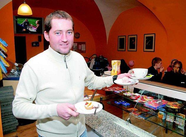 Patrik Bauer  investoval do oprav prostorů v historickém domě dva miliony korun, zastavil kvůli tomu i vlastní dům