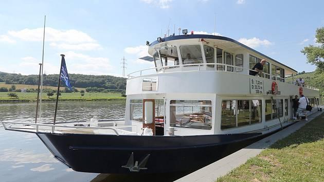 Lodní doprava mezi Litoměřicemi a Ústím