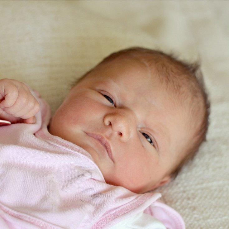 Emma Karasová se narodila Lucii a Pavlovi  Karasovým z Libochovic 30.5 v 5:34 hodin v Roudnici n.L. Měřila 48 cm a vážil 3,22 kg.
