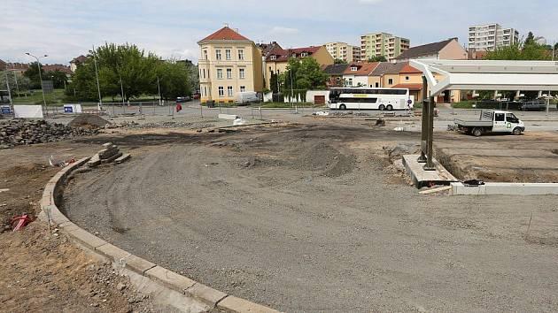 Oprava autobusového nádraží v Litoměřicích pokračuje