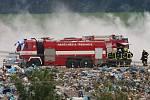 Požár na skládce komunálního odpadu SONO u Siřejovic